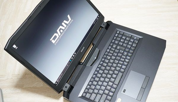 マウスコンピューターのGeForce GTX1050搭載動画編集用パソコン